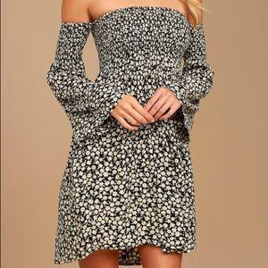 Billabong Black Floral Dress Size Medium